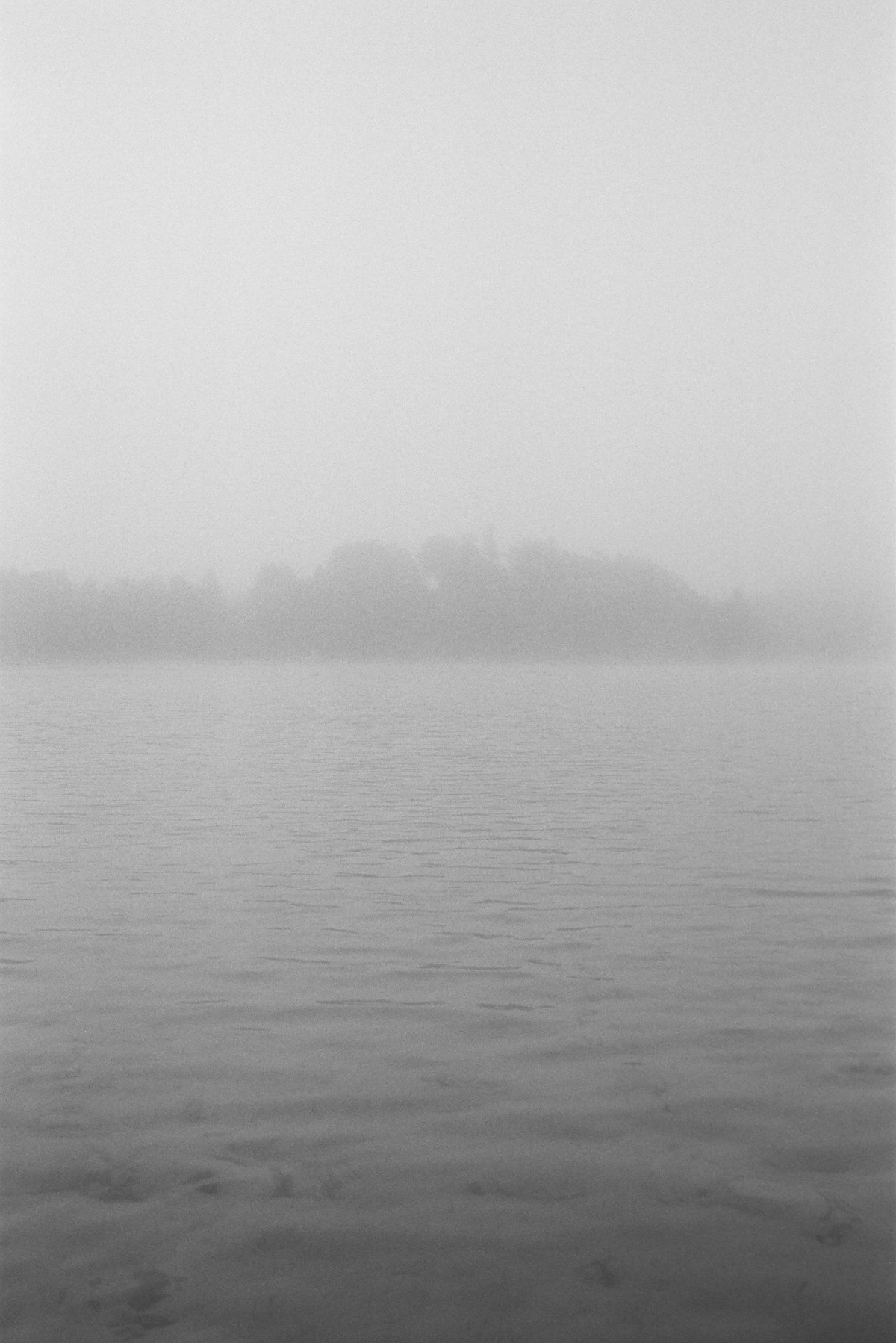 Black-and-white-film-photography-of-Elkhart-Lake-Wisconsin-by-Studio-L-artist-photographer-Laura-Schneider-_012