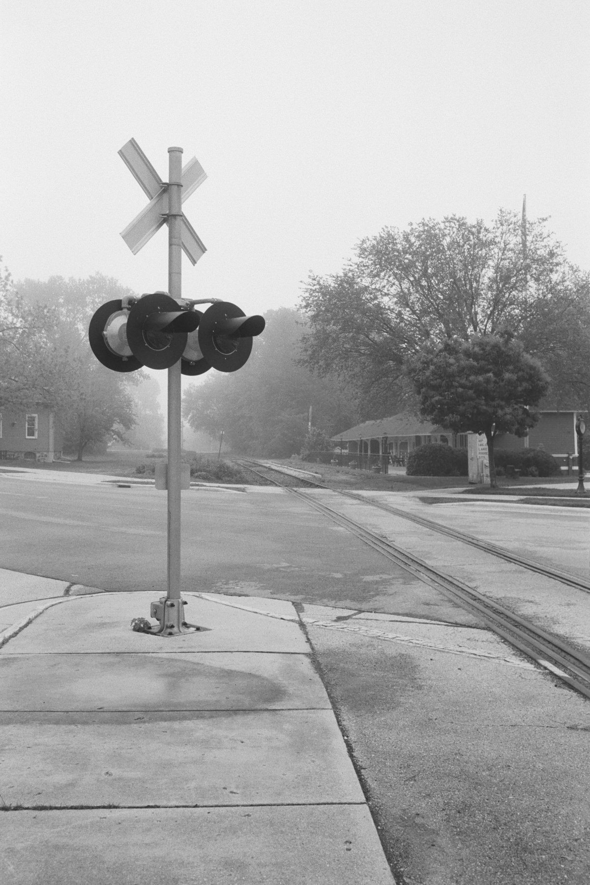 Black-and-white-film-photography-of-Elkhart-Lake-Wisconsin-by-Studio-L-artist-photographer-Laura-Schneider-_027