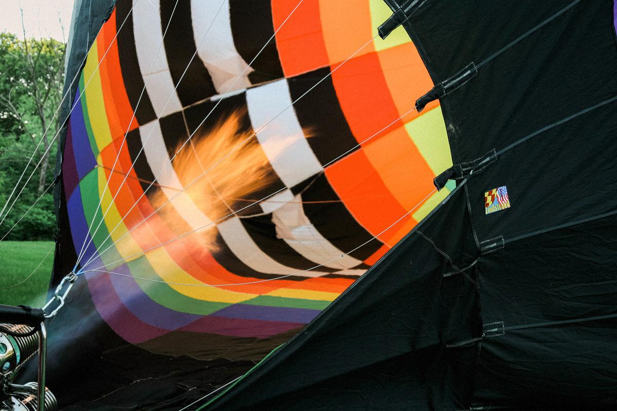 Hot-Air-Balloon-Ride-Galena-Illinois-fine-art-photography-by-Studio-L-photographer-Laura-Schneider-_6128