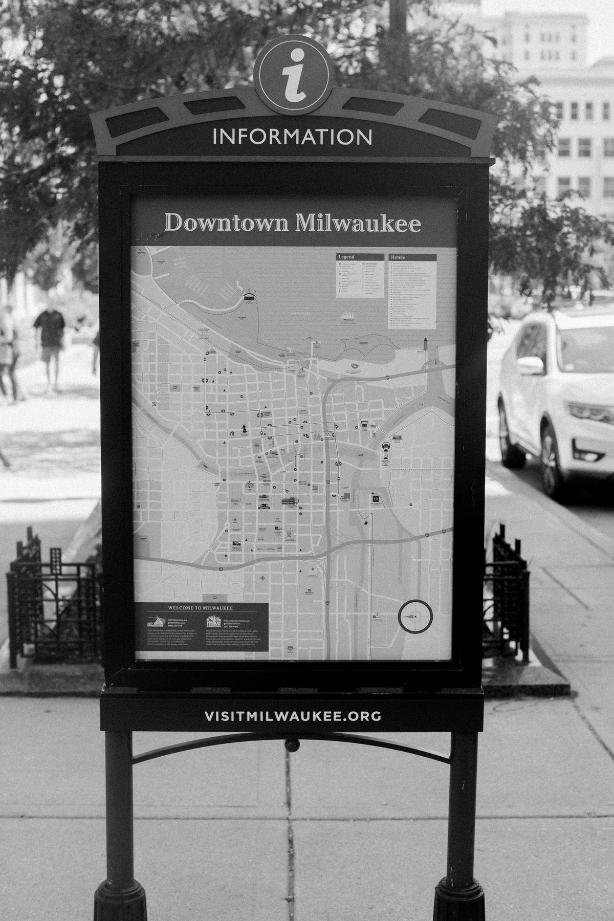 Van-Gogh-Exhibit-Wisconsin-Center-Milwaukee-by-Studio-L-Artist-Photographer-Laura-Schneider-_9726